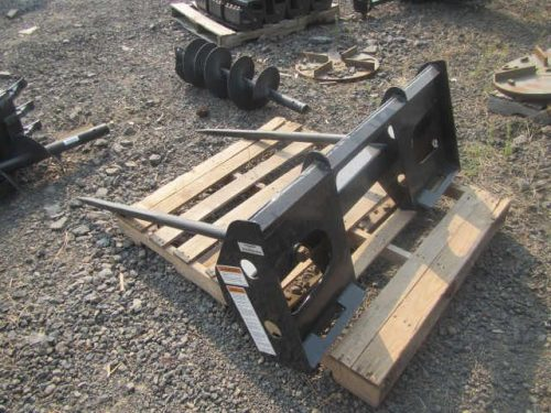 Bale Spear - Mahindra Skid Steer Bale Spear