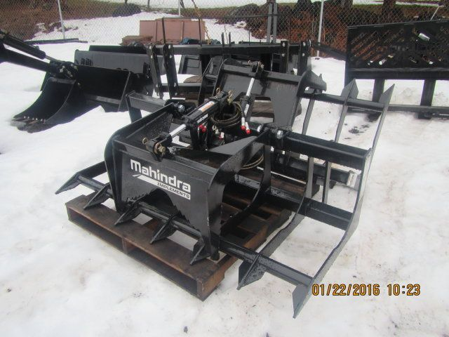 Grapple - Mahindra Skid Steer Grapple 5'