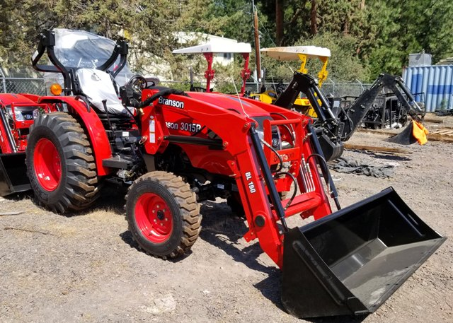 Branson 3015R with Front End Loader