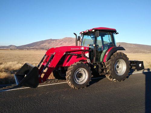 Mahindra 7095 Cab Tractor Loader