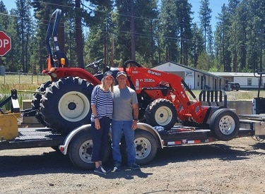 Branson 3520H Tractor