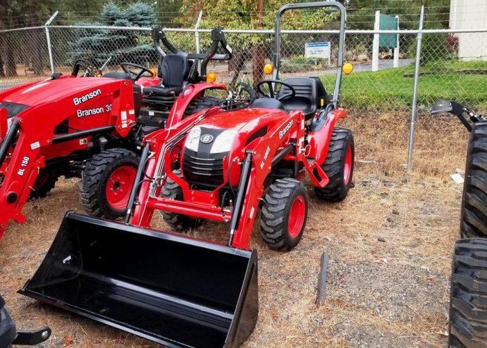 Branson 2400 Tractor/Loader