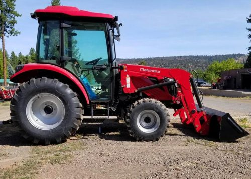 Mahindra 2660 Cab with FEL