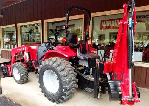 Mahindra 1626 Tractor Loader Backhoe