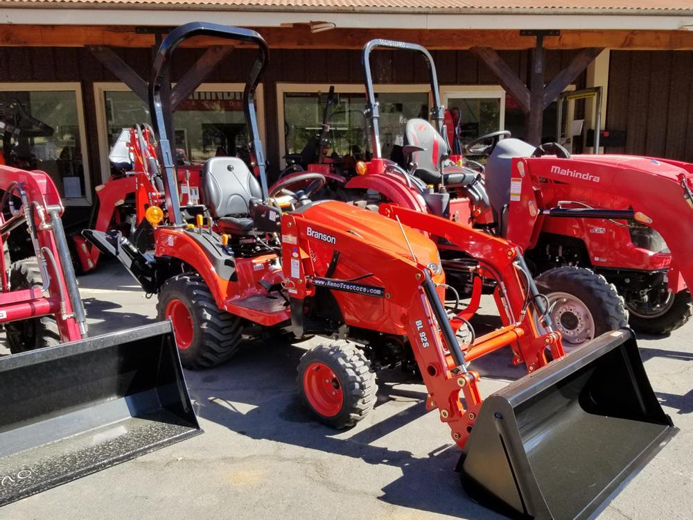 Branson 2205 Tractor Loader
