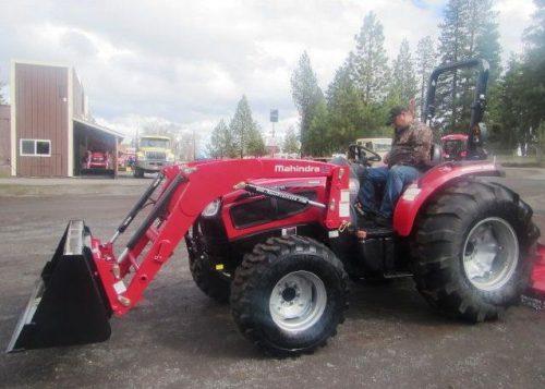 Mahindra 3650 Tractor Loader