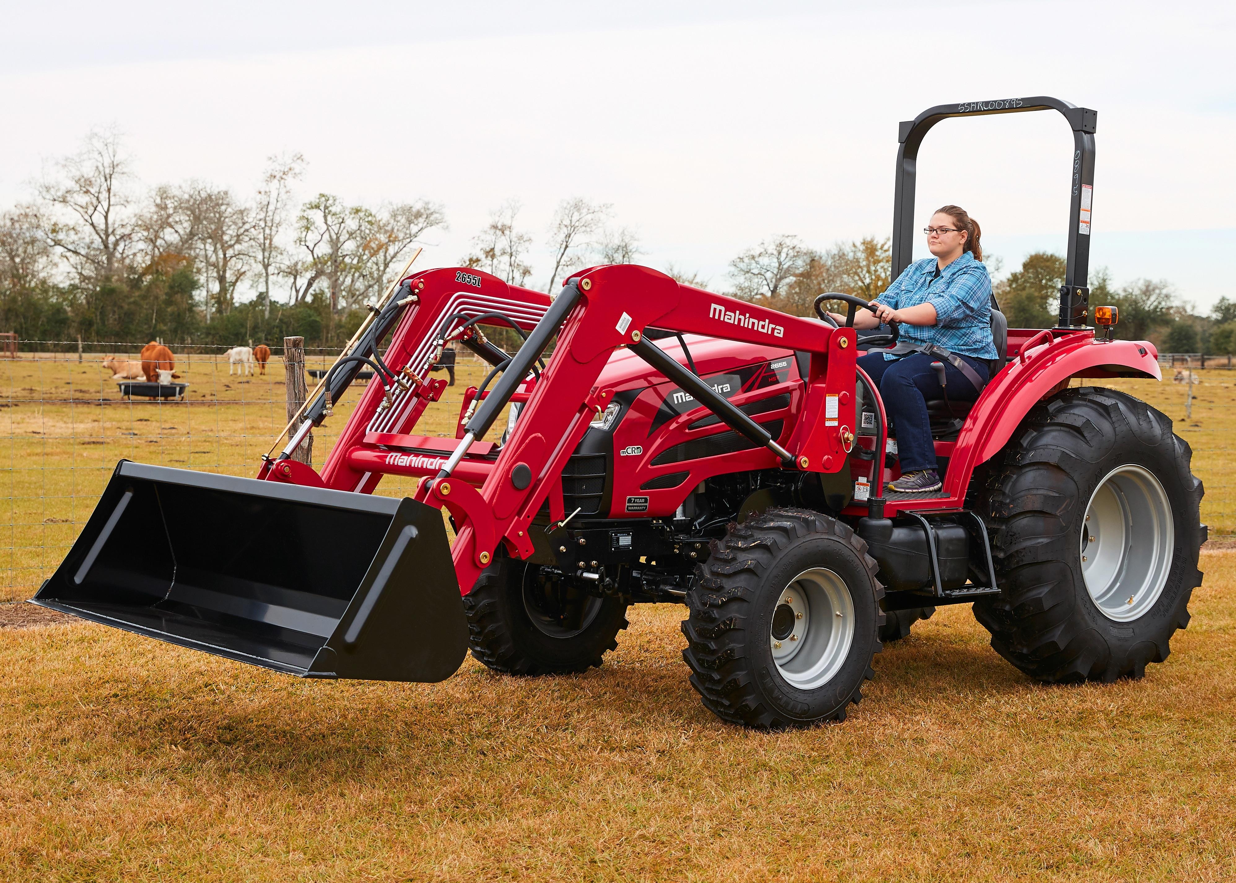 Mahindra 2660 PST Tractor Loader