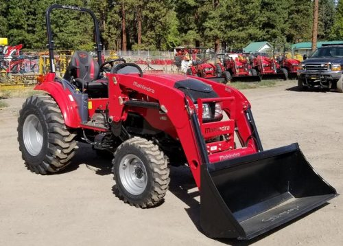 Mahindra 1640 Tractor with FEL