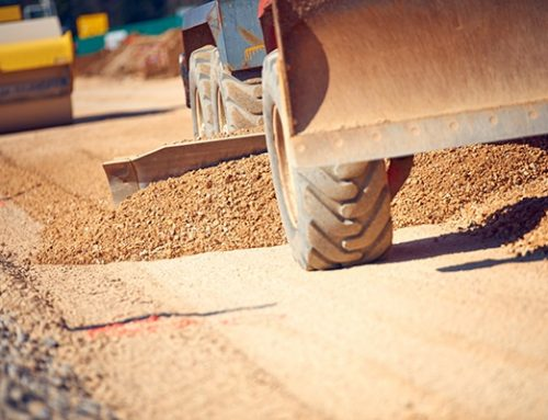 How to Grade a Driveway With a Tractor
