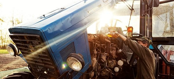 which engine oil is best for tractor
